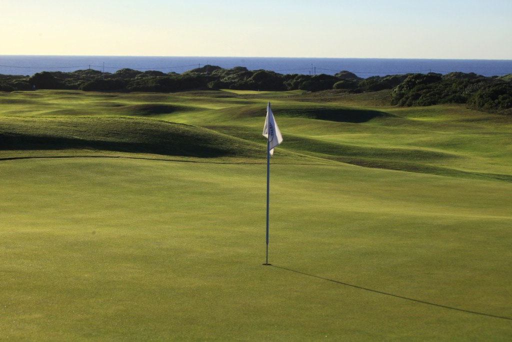 humewood-golf-club-with-seaview-1024x683